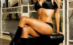 WWE Maria Posing Nude